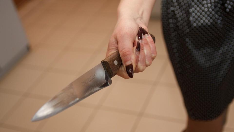 В Ростовской области местная жительница зарезала своего мужа