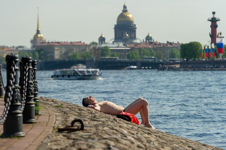 В ближайшие дни в Петербурге будет очень тепло.