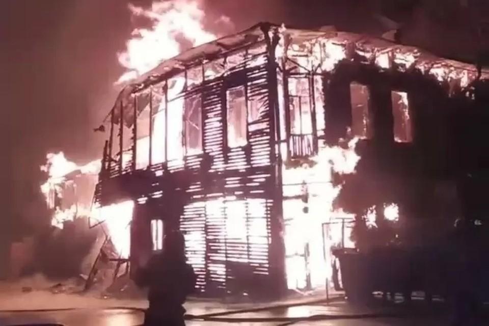 Несколько пожаров в центре Самары ночью 3 июня шокировали горожан