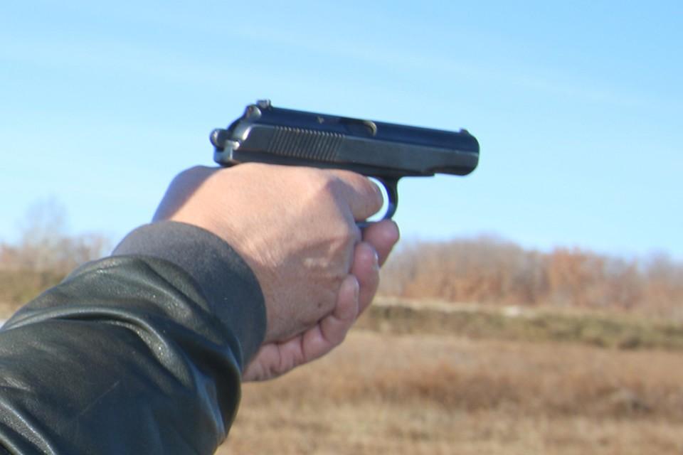 В Брянске арестовали стрелка из Радицы – Крыловки, ранившего дробью из ружья двоих подростков.