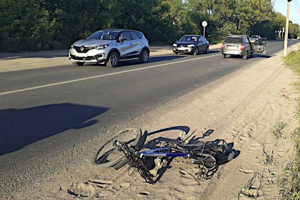 В Твери, на улице Туполева, пьяный автомобилист без прав сбил велосипедиста. Фото: пресс-служба ГИБДД по Тверской области.