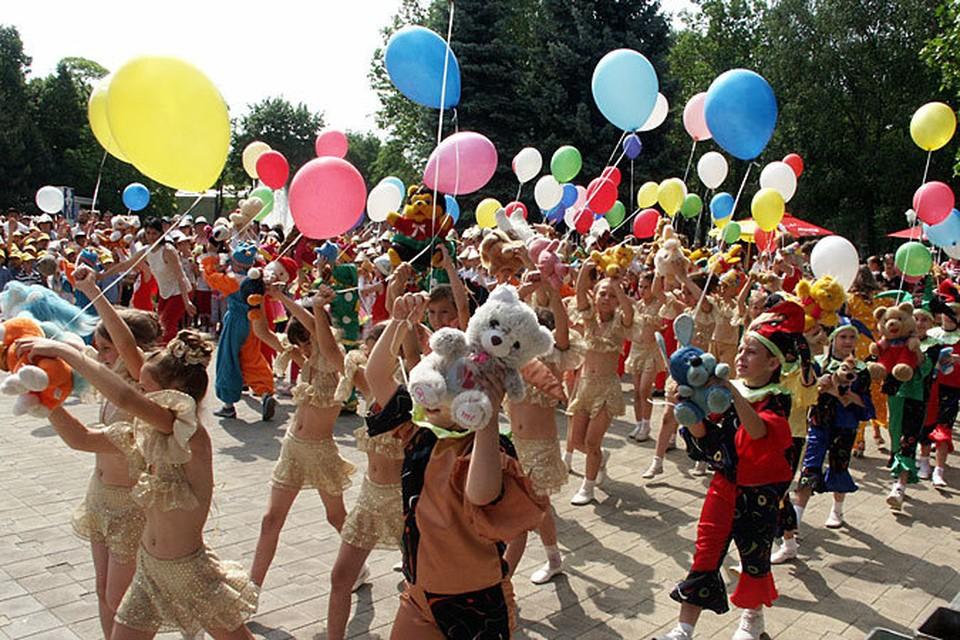 В Молдове сегодня отметят День защиты детей.