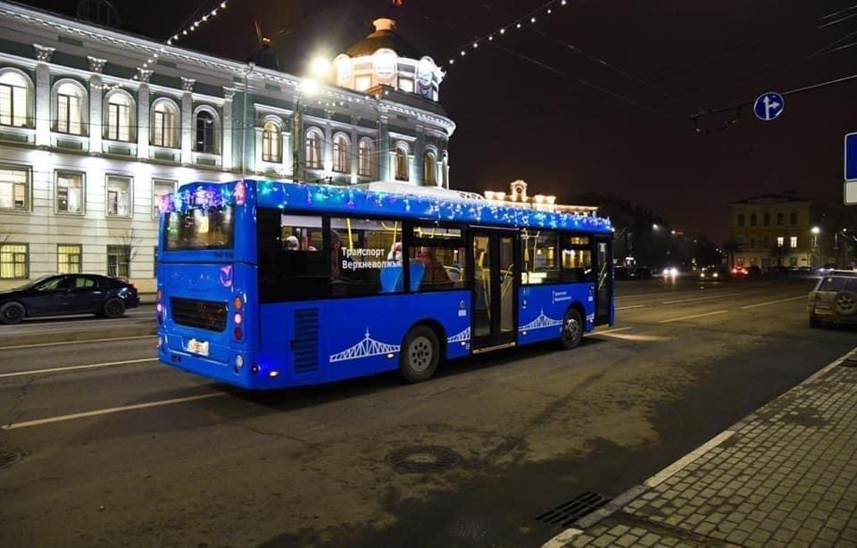 В городских автобусах Твери безбилетников ловят на протяжении всего маршрута. Фото: ПТО