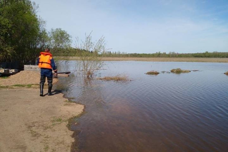 А так выглядела Бирюса, когда в конце мая в ней тоже повышался уровень воды.