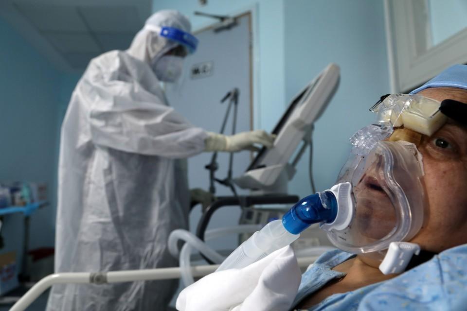 Лечение пациента с Ковид-19 в Амане, Иордания.