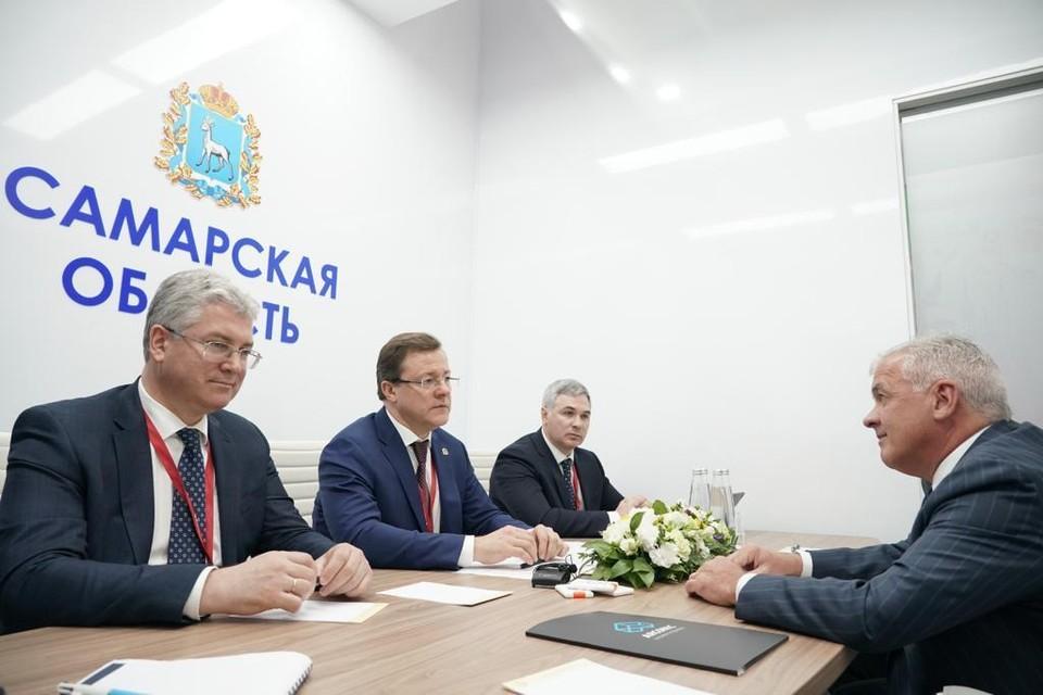 Представители Самарской области заключили соглашений с частными инвесторами на 60 млрд рублей