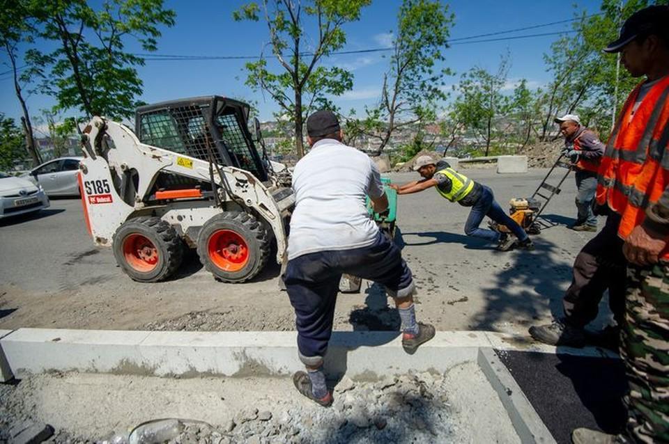 Улицы Владивостока комплексно отремонтируют по нацпроекту.