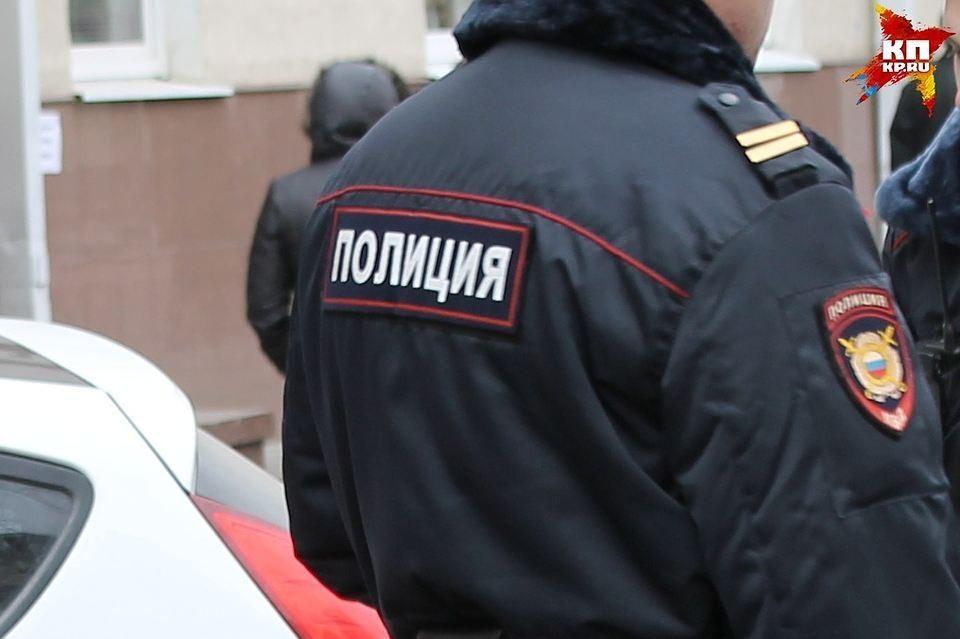 Дебоширку задержали, ей грозит до двух лет лишения свободы.