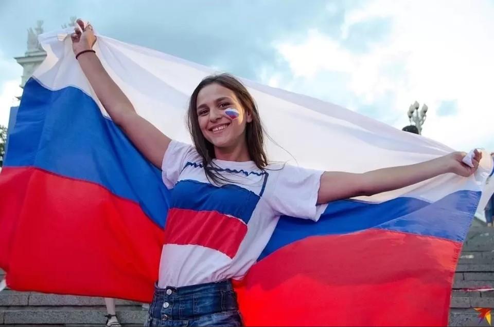 Дончане полюбили День России, оно и не мудрено: выбор жителей – историческая родина