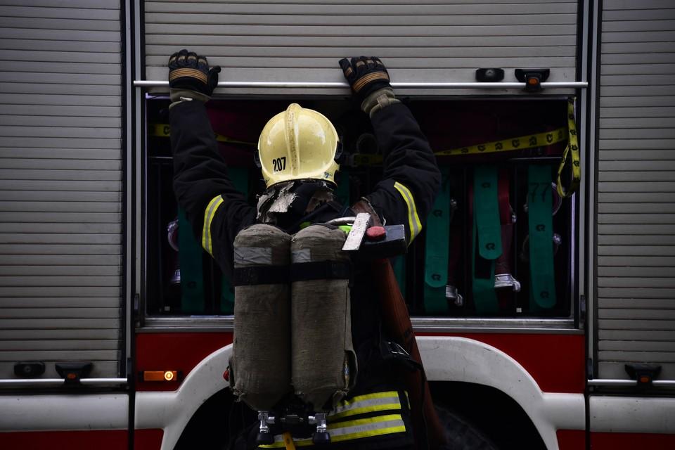 на месте происшествия работали 6 спасателей