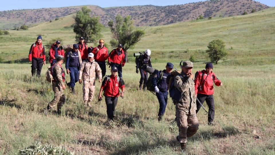 Спасатели ищут пропавших туристов с 25 мая