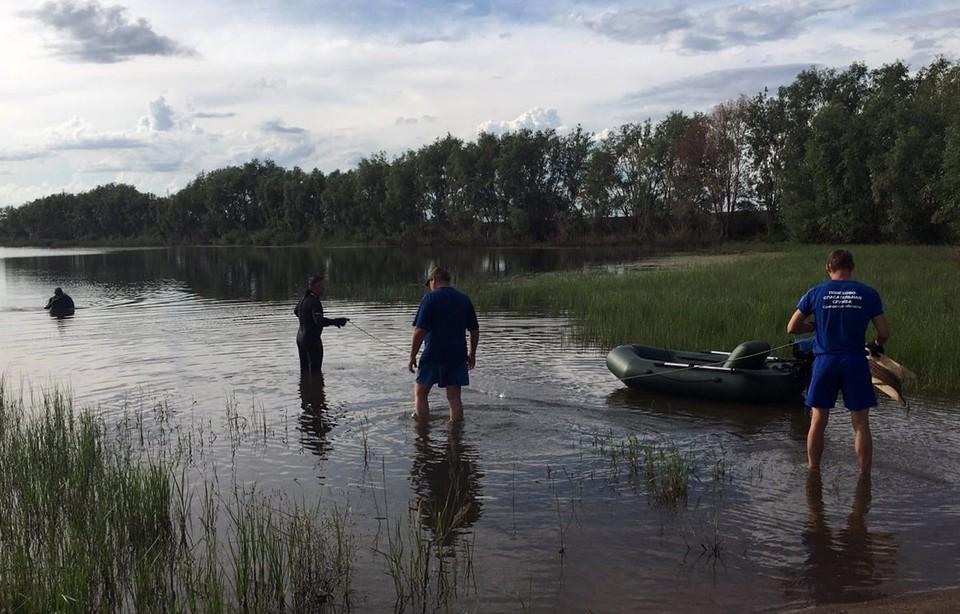 Водолазы нашли утонувшего мужчину