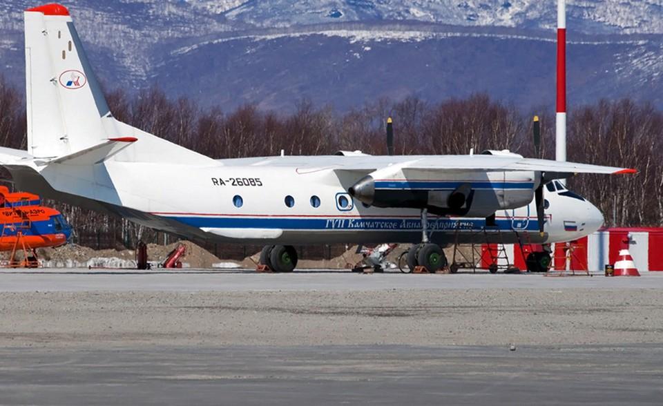 На борту разбившегося Ан-26 были шесть членов экипажа и 22 пассажира.