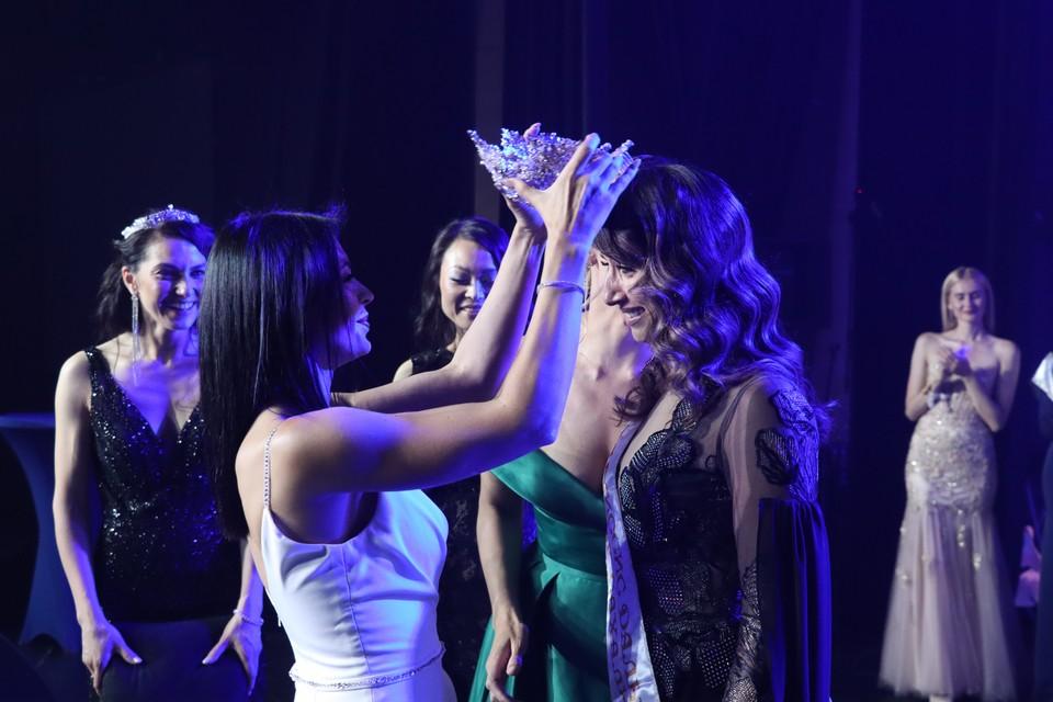 Екатерина Сорокина завоевала титул «Миссис Дальний Восток Сахалин – 2021»