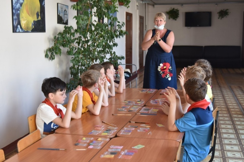 Астраханские родители до 31 августа смогут отправить детей на отдых со скидкой