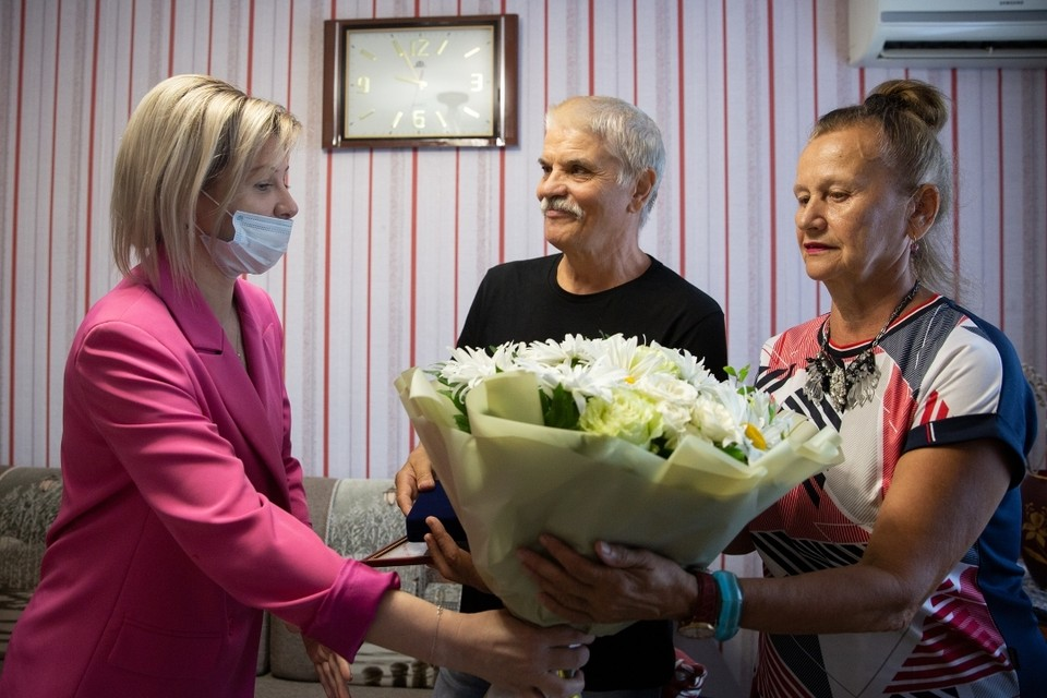 Виктор Иванович и Лариса Владимировна Рогозины. Фото: администрация Ставрополя