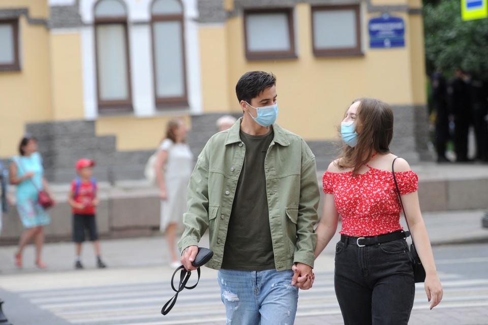 В Петербурге ввели новые коронавирусные ограничения с 13 июля 2021 года