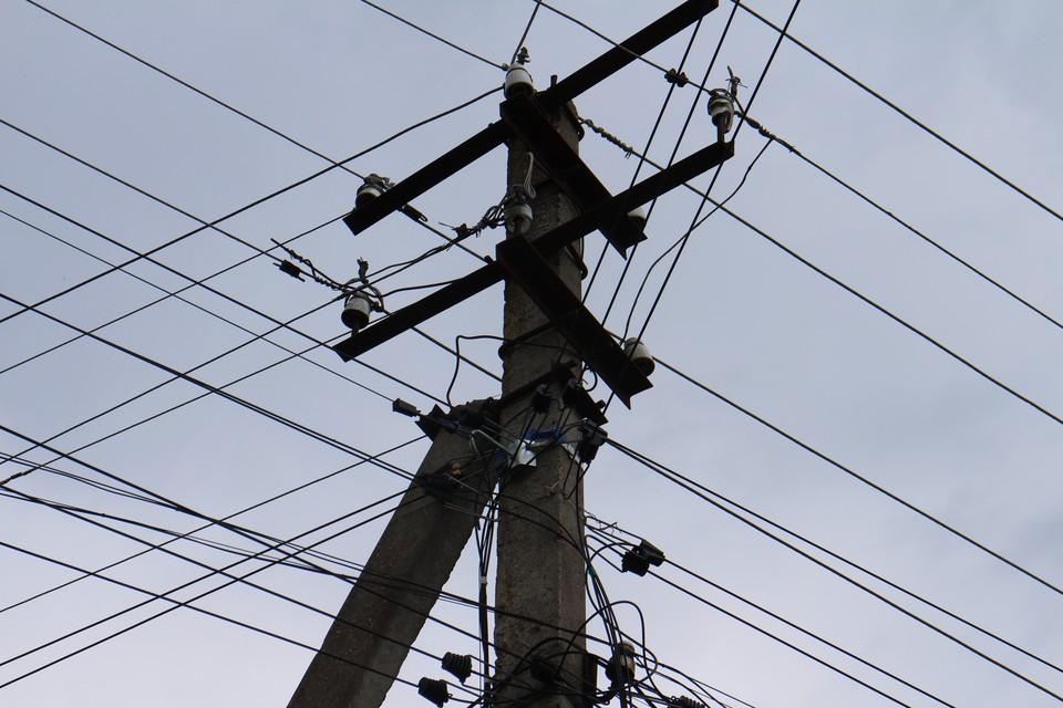 На полуострове ремонтируют электросети.
