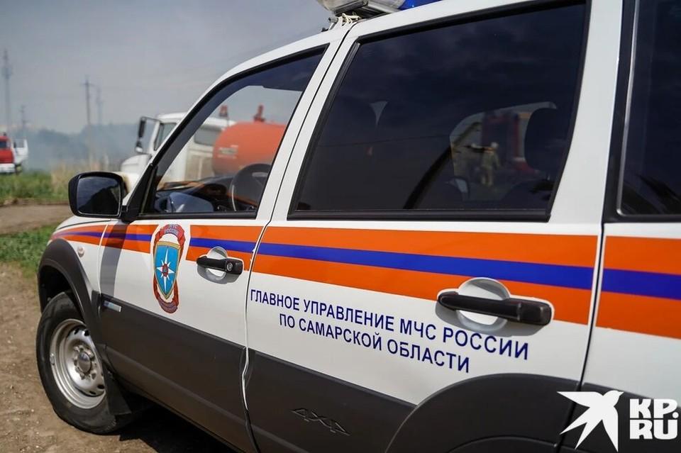 Сотрудники МЧС работали на ДТП в Самарской области