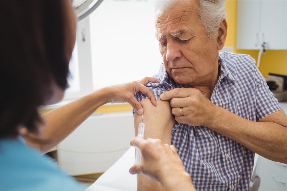 Как полагают власти, вакцинирование - самый оптимальный способ борьбы с COVID-19. Фото: архив «КП»-Севастополь»