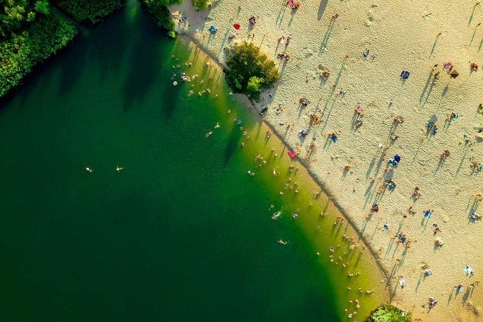 Дикий пляж в Кобринской районе манит туристов. Фото: National Belographic
