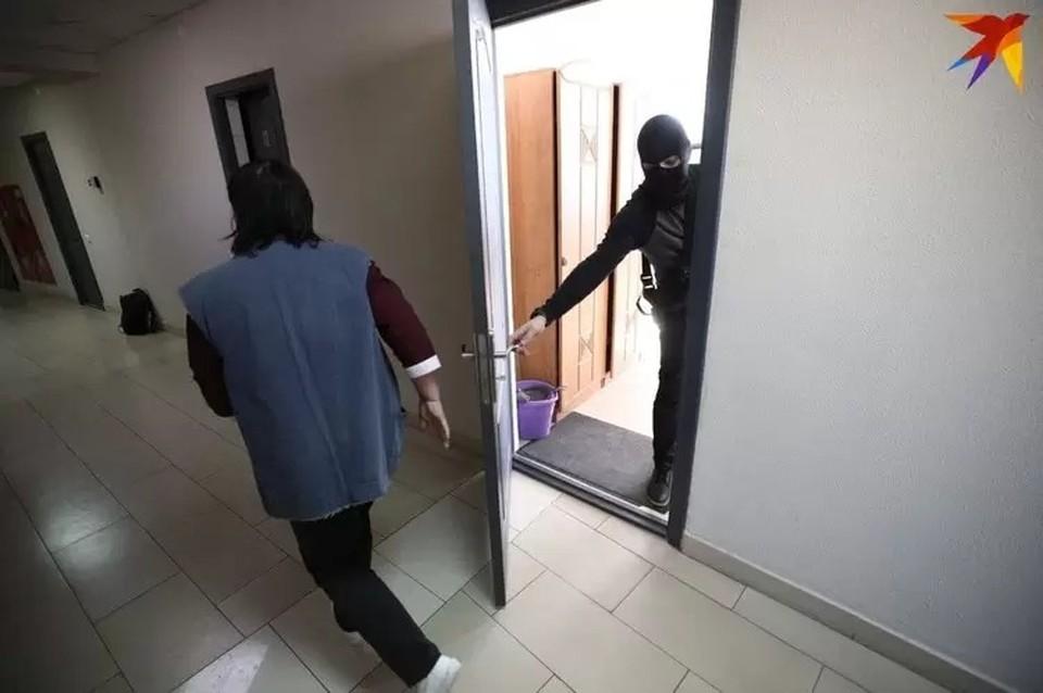 14 июля проходят обыски у правозащитников и в негосударственных организациях