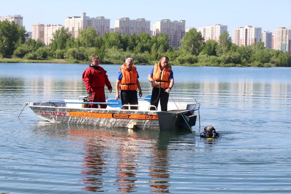 Житель Кемерова пытался «покорить» Томь, но чуть не оказался на ее дне. Фото: Кемеровская служба спасения.