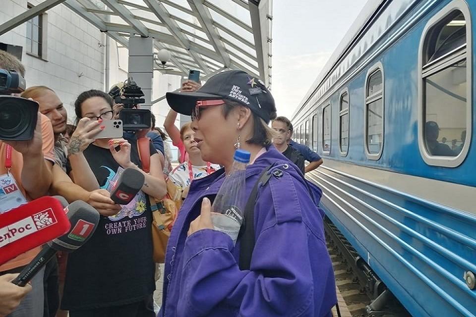 Анита Цой прибыла в Витебск на фестивальном поезде. Фото: Александра АНДРЕЕВА