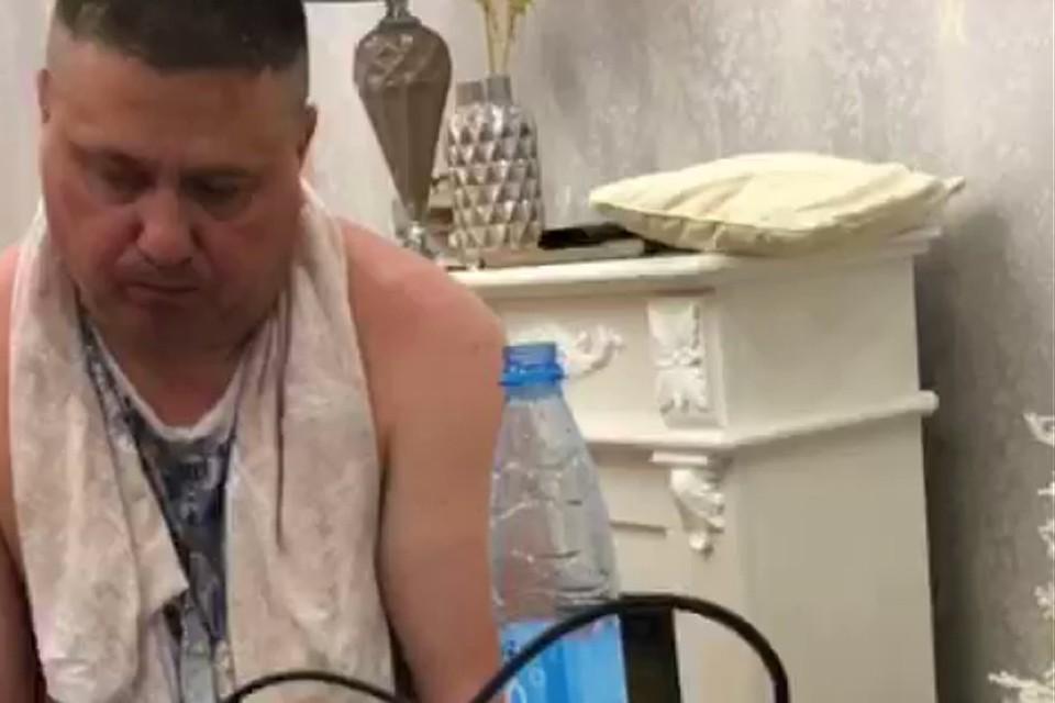 Простой начальник районного отдела полиции, полковник Ермаков жил, мягко говоря, не бедно