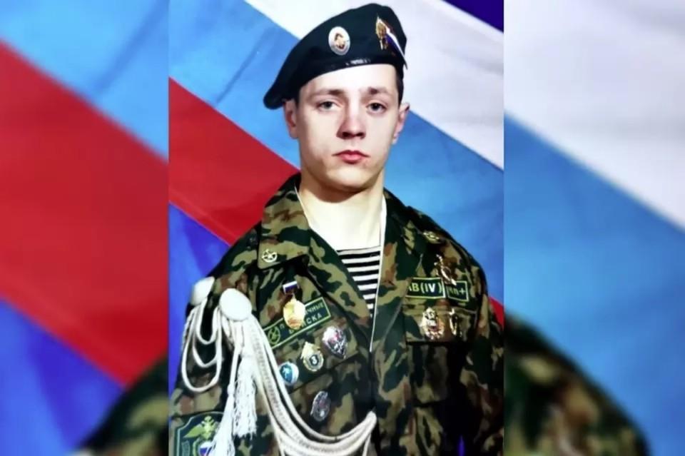 Андрей Аминов проходил в пограничных войсках и несколько месяцев выполнял воинский долг в «горячей точке» на Северном Кавказе, где получил осколочное ранение. Фото: предоставлено Валерием Горелых