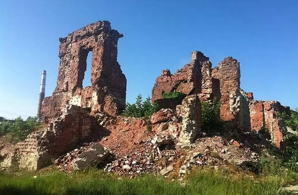 В течение полугода место героических сражений на берегу Волги должны привести в порядок. Фото: Анастасия Обуденкова.