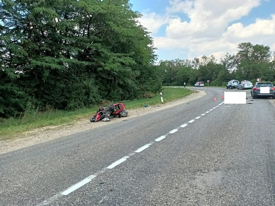 От полученных травм скончался 53-летний скутерист. Известно, что он житель Изобильного