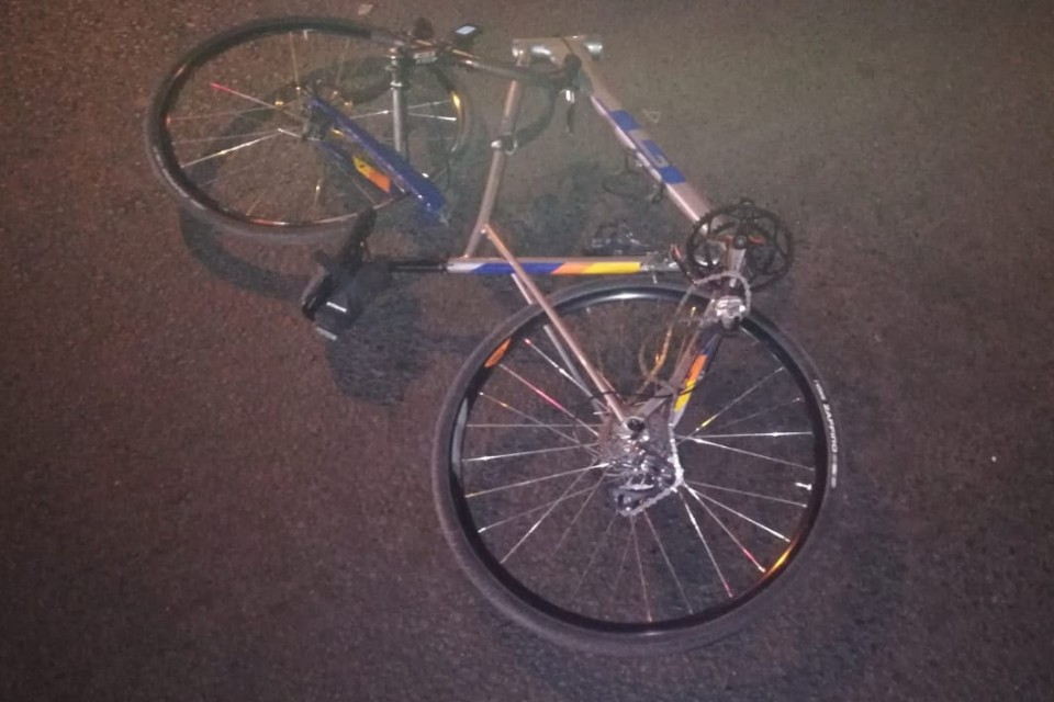 Велосипедиста сбила машина, поворачивавшая на заправку на Петербургском шоссе. Фото: УГИБДД по Тверской области.
