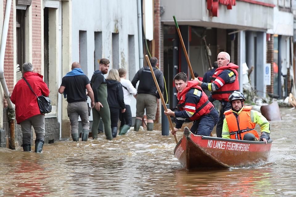В результате наводнения в Германии погибли по меньшей мере 133 человека