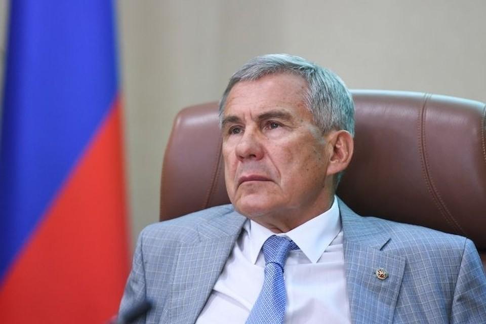 Глава региона заявил, что сегодня в республике имеется недельный запас вакцины. Фото: president.tatarstan.ru