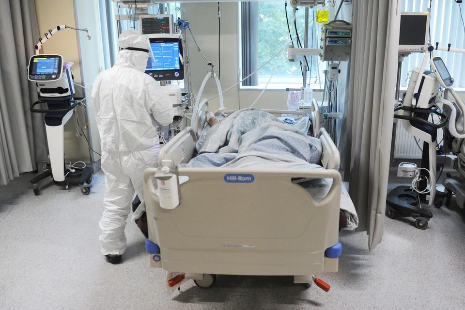 За сутки от коронавируса скончалось 9 человек.