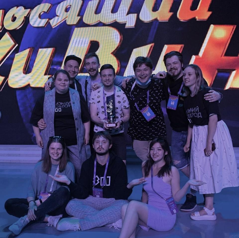 Нижегородская команда КВН «Росы» стала призером фестиваля «Голосящий КиВиН 2021» Фото: @rosy_kvn