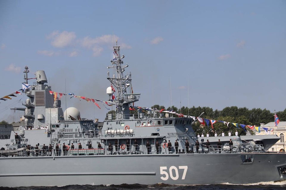 В ВМФ опровергли сообщение о столкновении двух кораблей в Петербурге
