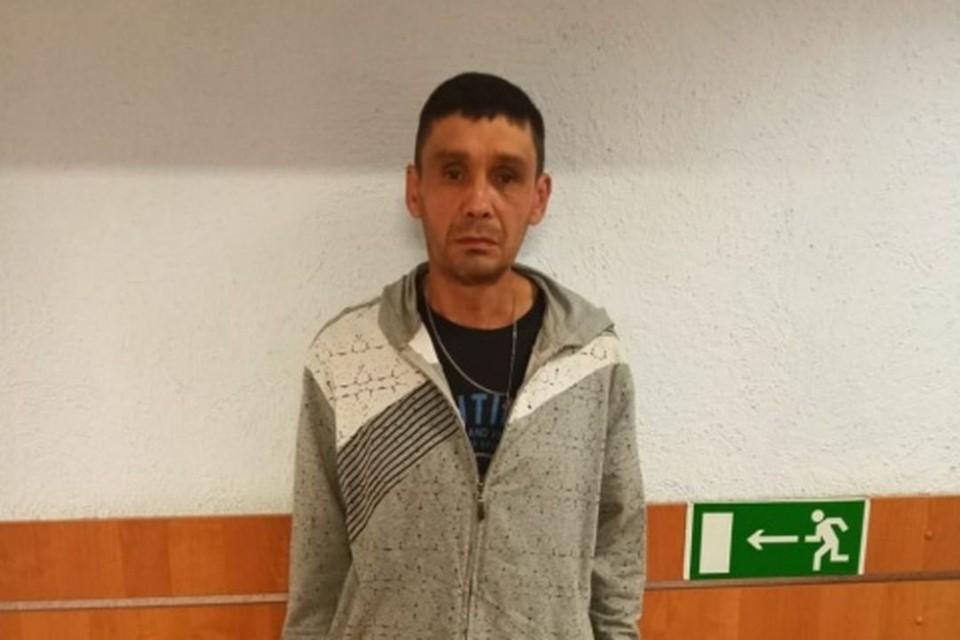 В Новосибирске бездомный избил на улице 22-летнего парня и отобрал у него «Айфон». Фото: ГУ МВД по Новосибирской области