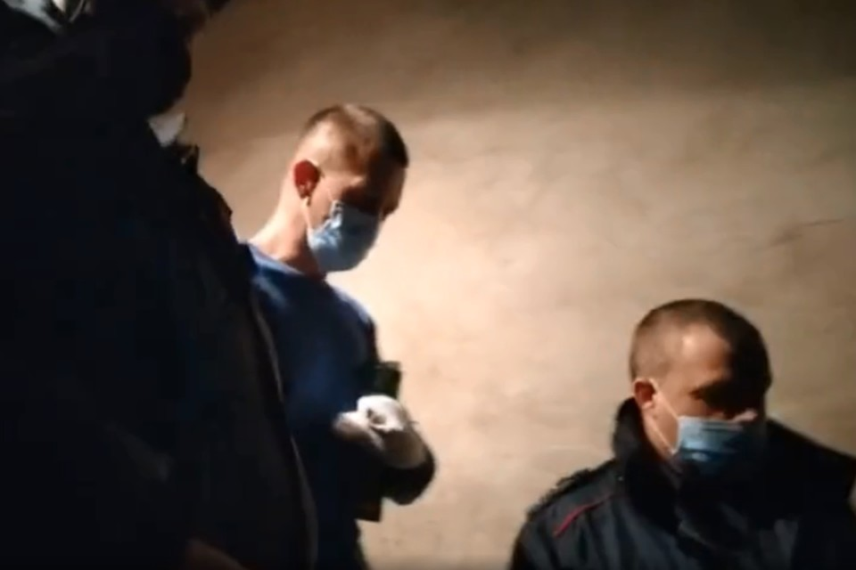 Момент задержания Руслана Д. После убийства он покорно ждал полицию.
