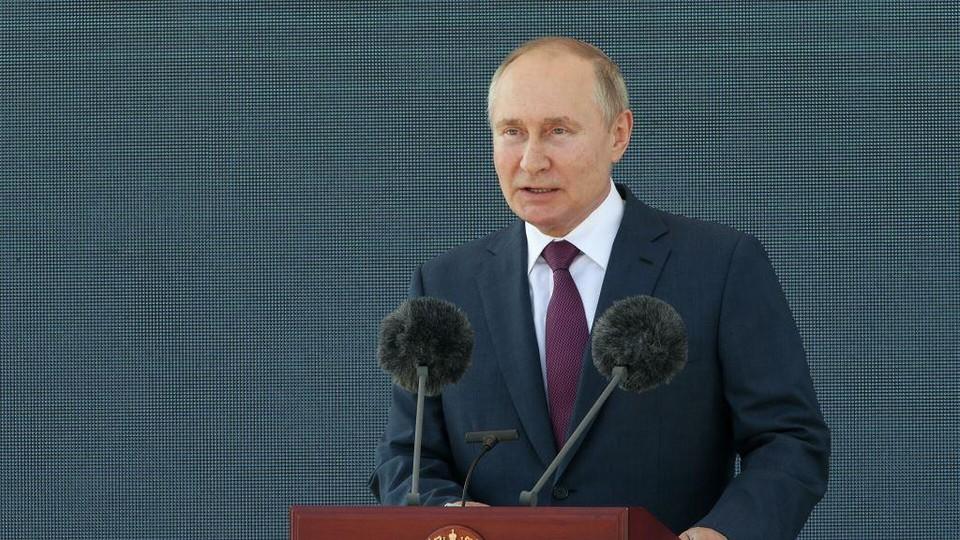 Владимир Путин открыл авиасалон МАКС-2021