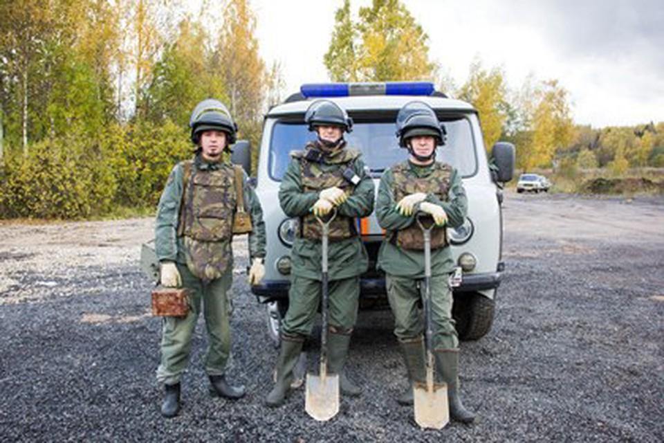 Под Смоленском обезвредили противотанковые мины. Фото: «Пожарно-спасательный центр».
