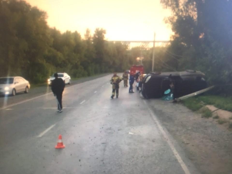 Ночью на пустой дороге водитель не справился с управлением. Фото: пресс-служба Госавтоинспекции по Омской области