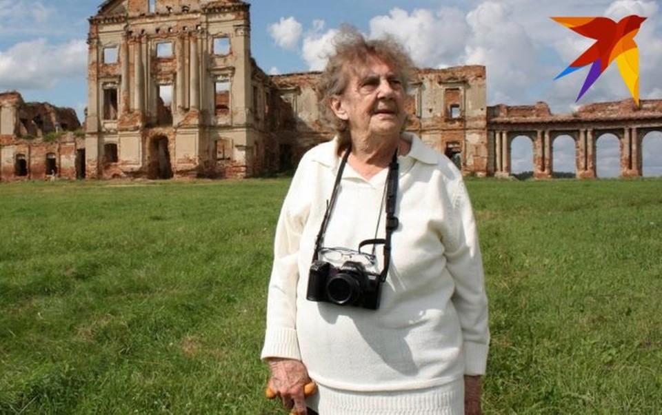 Во время визита в Беларусь в 2009 году Эльжбета Радзивилл побывала в Ружанах - былом владении своих родственников Сапег. Фото: Глеб ЛОБОДЕНКО
