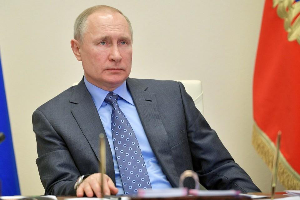 Путин: не во всех регионах России удалось предотвратить ЧС из-за аномальной жары
