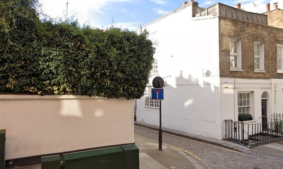 Сообщения о граффити с Лавровым в Лондоне оказались фейком
