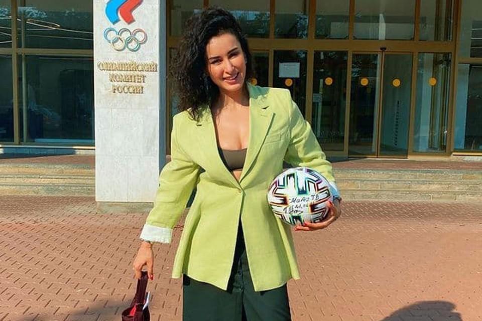 Тина Канделаки запустила кампанию в поддержку олимпийской сборной России Фото: Личная страница героя публикации в соцсети.