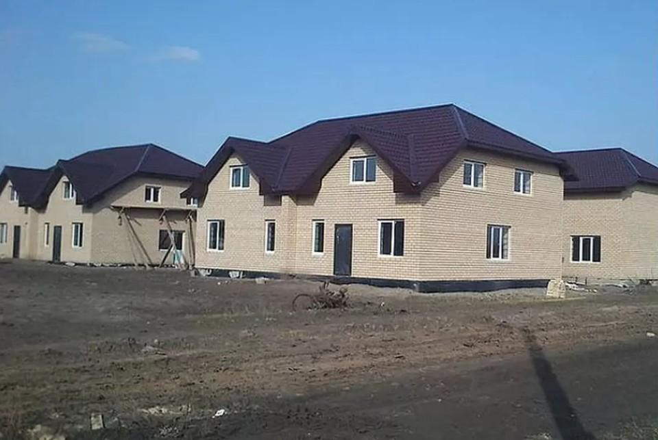 Жители коттеджного поселка продолжают отстаивать свое жилье