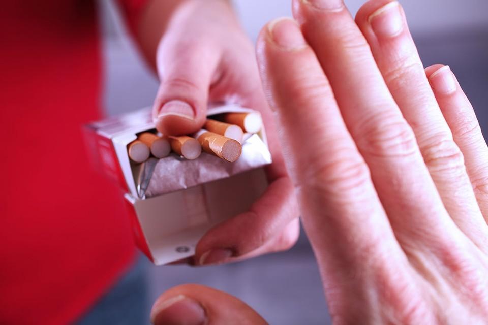 Одна из крупнейших в мире табачных компаний Philip Morris заявила, что в течение ближайших 10 лет собирается отказаться от выпуска обычных сигарет.