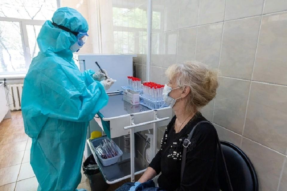 Медики продолжают фиксировать новые случаи заражения вирусом
